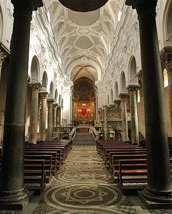 Interno Cattedrale di San Pietro di Sessa Aurunca, Campania, Caserta, Italy.  My grandmother's town.