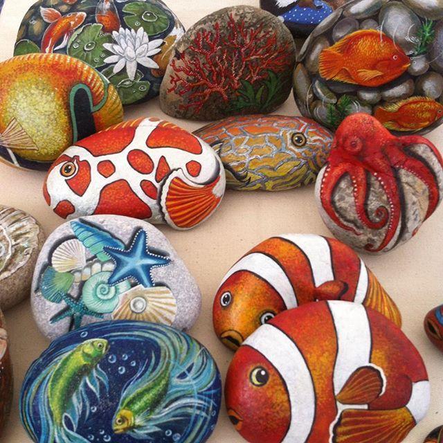 Deniz mevsimi gelirken..#balık #fish #stonepainting #denizdibi #undersea #ahtapot #octopus #renkler #seashells #handmade #elyapımı #gift #hediye #homedecor #balkon #likeforlike #instalike #myartwork