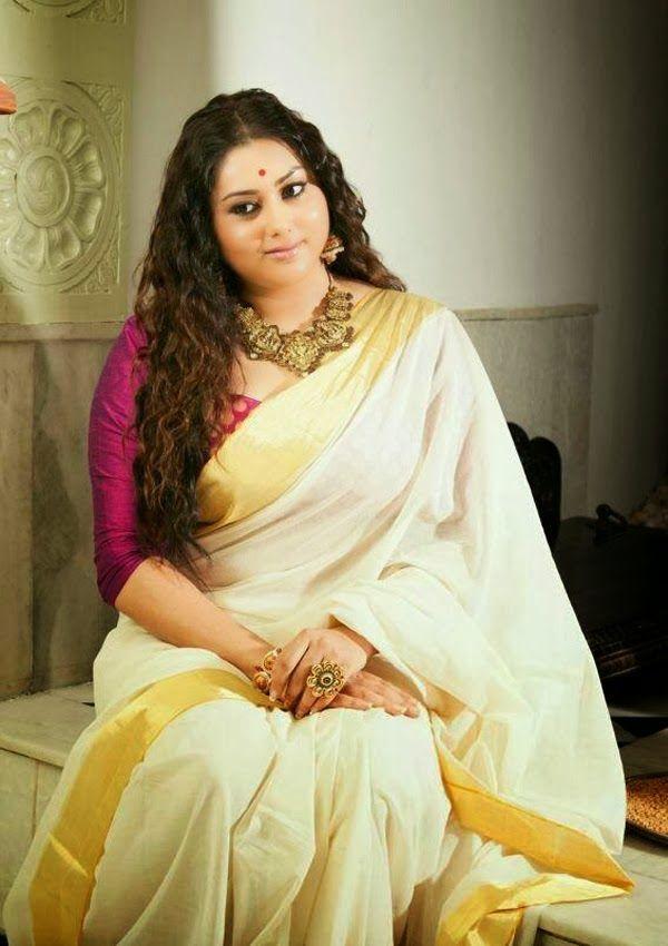 South Actress Namitha wearing Kerala Kasavu Saree - MinMit Clothing