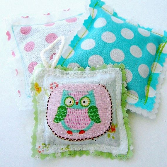 Lavender sachets Sachet trio Sachet set of 3  by tracyBdesigns, $7.00