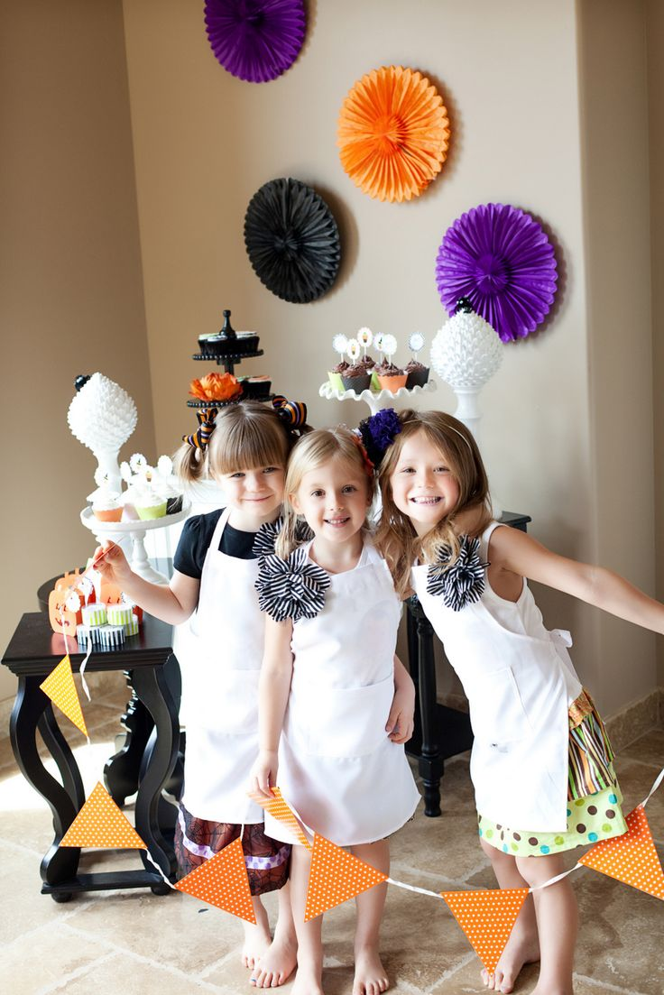 Decorating For A Party 323 best halloween decor images on pinterest | happy halloween