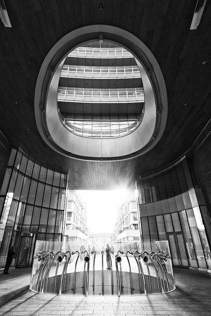 Piazza Gae Aulenti | Flickr – Condivisione di foto!