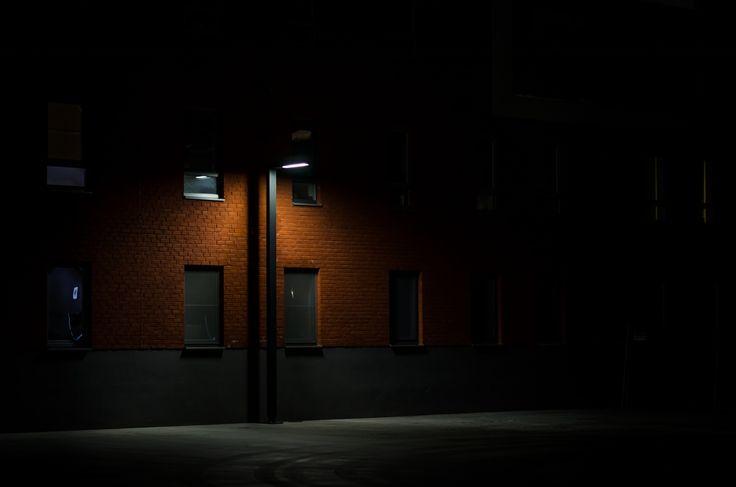 Lonely Light, by Jonas Verstuyft | Unsplash