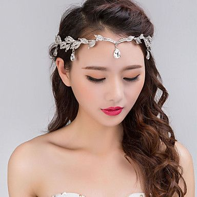 The perfect headband to give the last touch to your boho wedding! Like it?