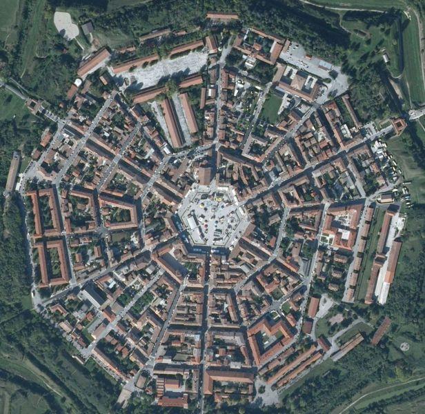 Tasarım harikası bir kasaba: Palmanova