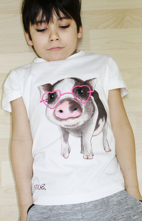 SALE - Hand painted t-shirt, kid's piglet tshirt, one of a kind wearable art, gift, pig tee, kids collection, unisex fashion, size MEDIUM