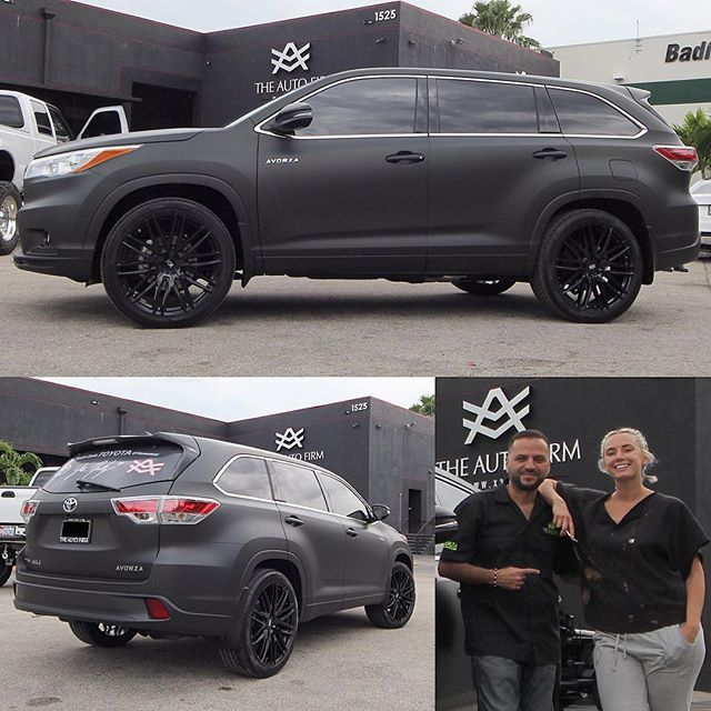 """#mulpix More pictures of this Toyota Highlander sent to us by our official Avorza Toyota Dealer @southdadetoyota ... Wrapped all Matte Black, sitting on 22"""" Niche Wheels... This one done for my friend @yesjulz ...  #toyota  #highlander  #matte  #black  #wrap  #yesjulz  #AutoFirm  #TheAutoFirm  #Avorza  #AlexVega  #Cars  #Car  #Auto  #Luxury  #Exotic  #Custom  #Wheels  #VIP  #305  #MIA  #Miami  #carporn  #KeepUp  #AvorzaMovement"""