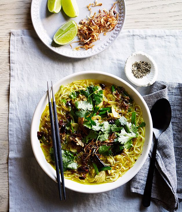 Recipe for Asian-style fragrant chicken noodle soup.