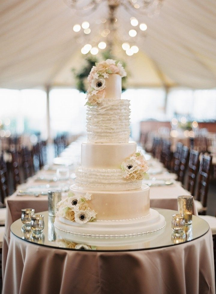 wedding cakes newport ri chic rhode island wedding with guests rhode 25085
