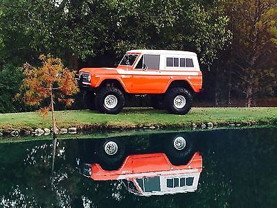 1971-Ford-Bronco-SPORT