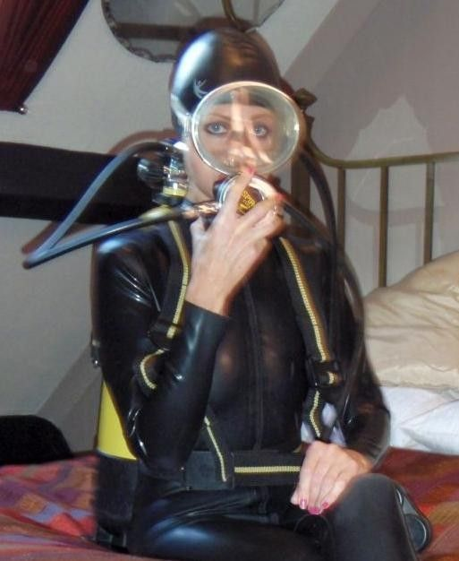 1000 images about dive mask ladies on pinterest sexy bikini girls and underwater - Porno dive video gratis ...