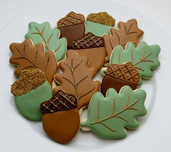 1000 ideas about leaf cookies on pinterest thanksgiving for Acorn decoration