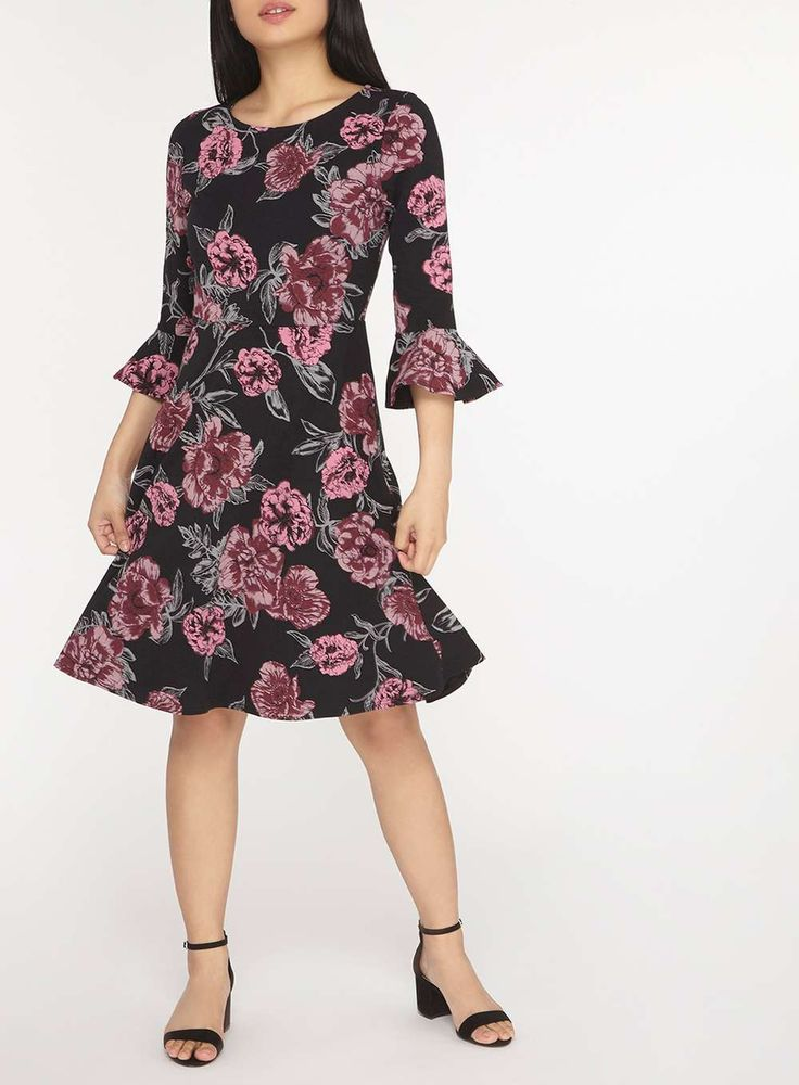 Womens Petite Black Floral Flute Sleeve Jersey Skater Dress- Black