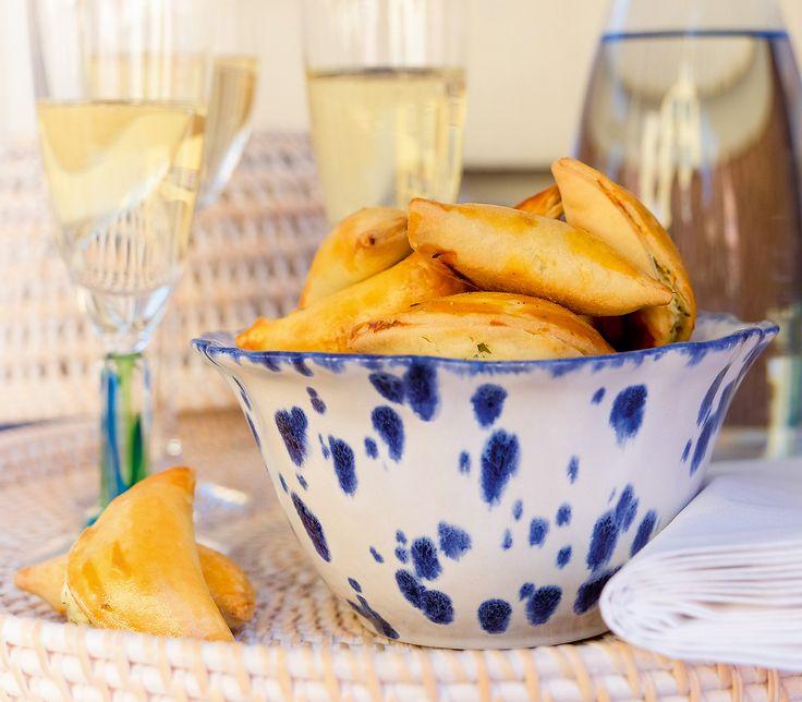 Diese Käse-Teigtaschen geniesst man entweder als kleine Apéro-Häppchen oder als Beilage zu einer leichten Vorspeise.