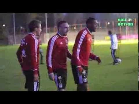 Teil 1: FC Bayern München Training bei Flutlicht am 30.10.2013 - YouTube