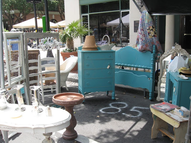 The Fancy Flea - flea market in downtown Lakeland FL.   Awesome pix all over this blog page