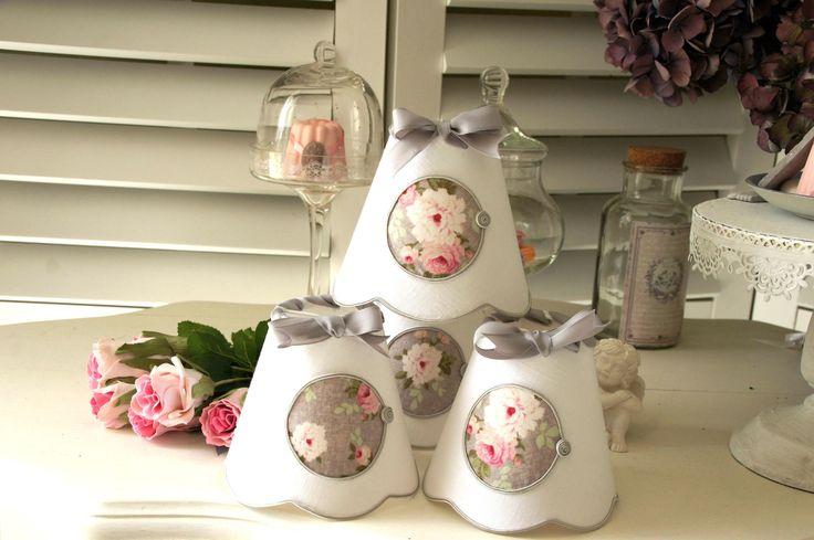 Abat-jour pour applique, lustre ou petite lampe, en lin blanc, appliqué tissu fleuri : Lampade di patines-lin-et-coton