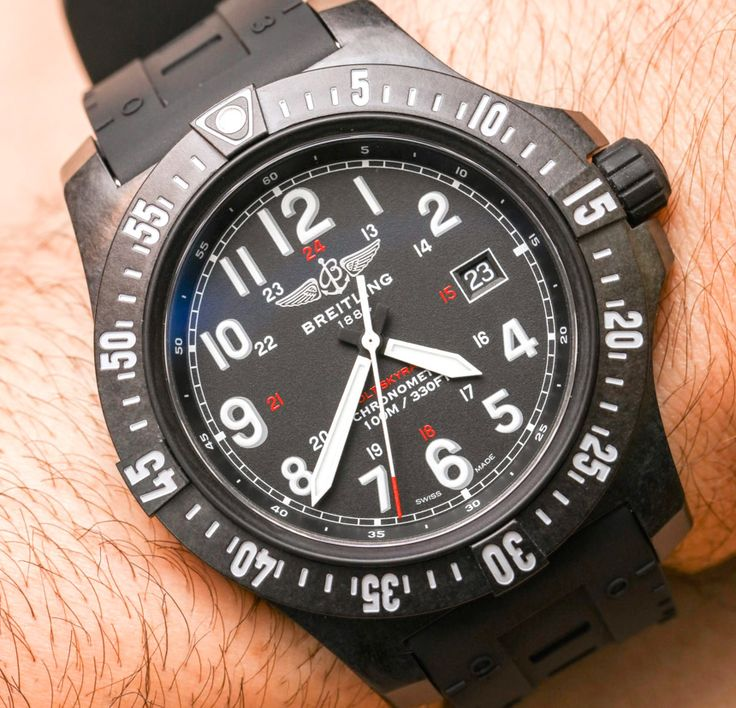 We go Hands-On with the new Breitling Colt Skyracer. Featuring a black carbon composite case. Breitling calls this carbon material Breitlight, being very strong and light - 3.3 times lighter than titanium.