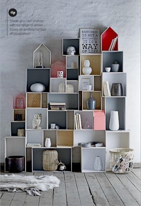 Intense shelf arrangement
