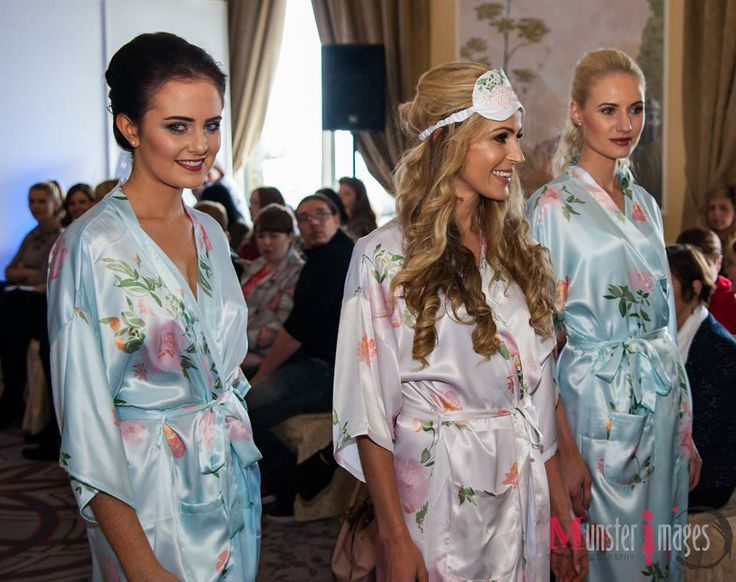 Personalised Bridal Satin Robes from WowWee.ie - Latest trending colours for 2016 https://www.wowwee.ie/Personalised-Satin-Kimonos-p/mint-watercolour-set.htm