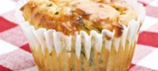 Briosele cu cascaval Sofia si verdeata sunt ideale pentru mic dejun, aperitiv, gustare intre mese si pachet pentru scoala/serviciu. Incercati-le si nu
