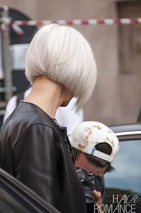 Here is a back view of a lovely and attractive bob hair: charming and attractive indeed!