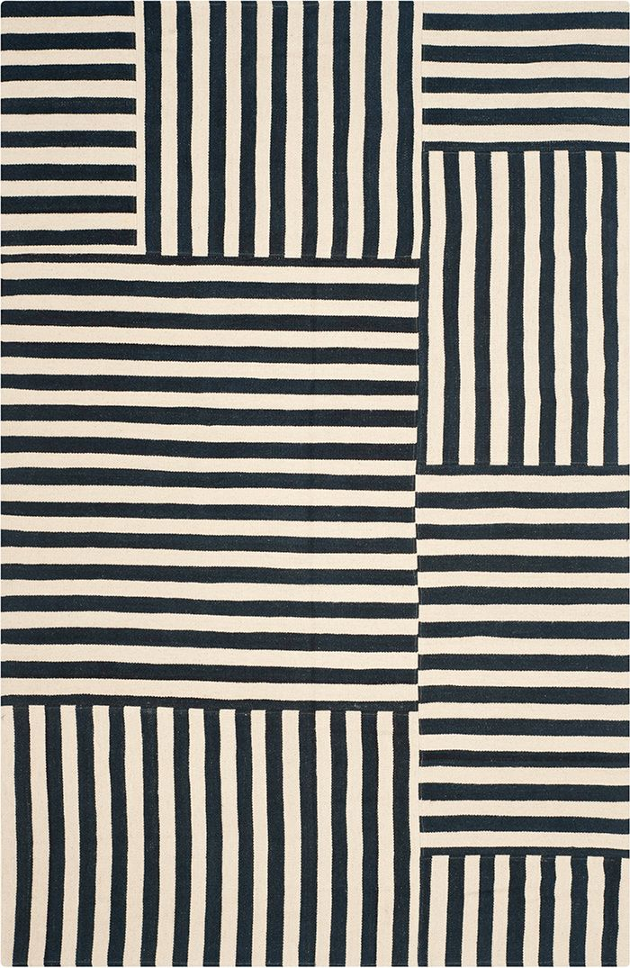 Tapis noirs et blancs : Tapis Canyon Stripe Patch (Ralph Lauren home).