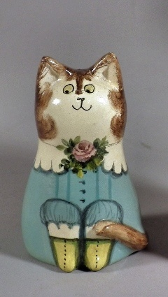 Joan de Bethel ceramic miniature figure of a seated cat