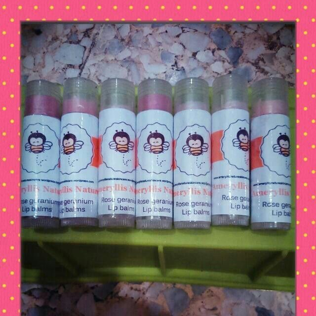 Shop with us our Ameryllis natural lips balm. This trio oforganic lip balmsare soothing, nourishing, non-toxic, and flavorful. Use daily for happy, healthy lips! your dry lips now.  price offer promo rm10 only. We got 3 different flavors consist rose geranium honey sweet orange and chocolate mint. Sounds yummyyyy interested? Pm me Joey wechatjoey2383/whatsapp 0123757185 www.ameryllisnatureskincare.WordPress.com #lipbalm #organic