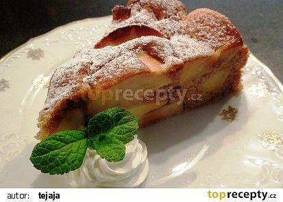 Jablkový koláč plný jablek recept - TopRecepty.cz
