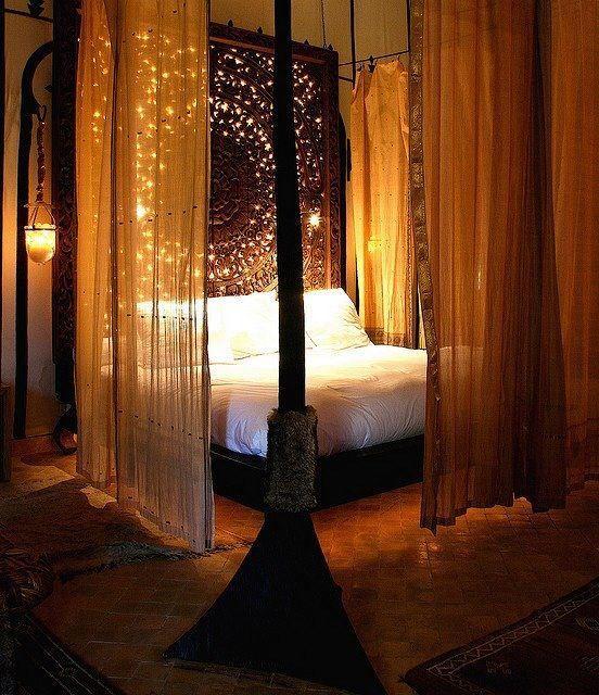 Romantisches himmelbett mit lichterkette  Die besten 25+ indie Schlafzimmer Ideen auf Pinterest ...