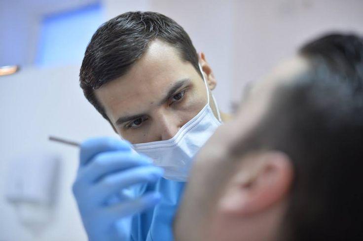 Dove per la cura per i miei denti? Voglio avere denti belli e la qualità del trattamento. Con noi, in Romania, aveti la cura dentale che volete. Vi invitiamo qui per vedere di più e di contattarci immediatamente: www.intermedline.... #clinicadentale #clinicadentaleinRomania #clinicaodontoiatrica #clinicaodontoiatricainRomania #turismodentale #turismodentaleinRomania #curedentali #curedentaliinRomania #trattamentoodontoiatrico #trattamentoodontoiatricoinRomania
