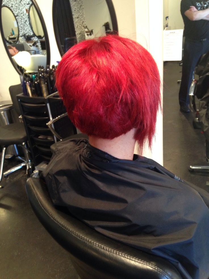 By Nicole Reis My Reis Salon Short Bob Texture Stacked