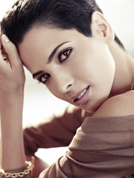 Professional Fashion Model from Tunisia Hanaa Ben Abdesslem