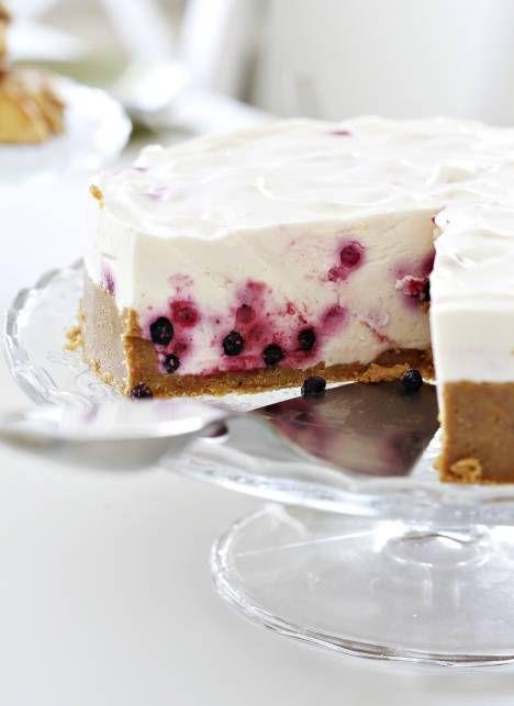 Tässä juustokakussa yhdistyy raikkaus, makeus ja kesä! | Unelmien Talo&Koti Kuva: Joonas Vuorinen Toimittaja: Laura Satamo
