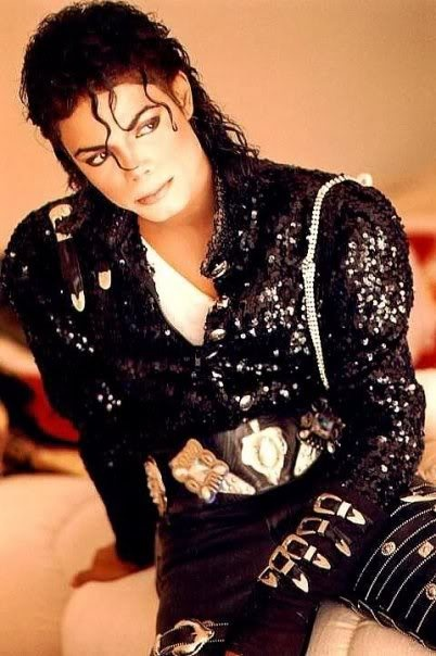 I think this is the sexiest and most beautiful picture of Michael in all honesty.