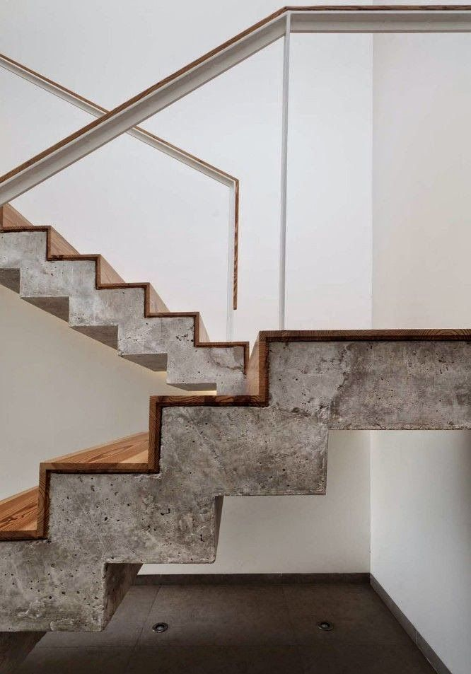 Concrete wood combination. Ninha Chiozzini Arquitetura e Interiores - Google Search