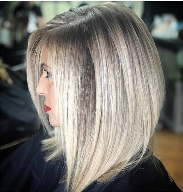 12 Blondes For Hair Inspiration All Year Long Short Hair Balayage Hair Styles Thick Hair Styles