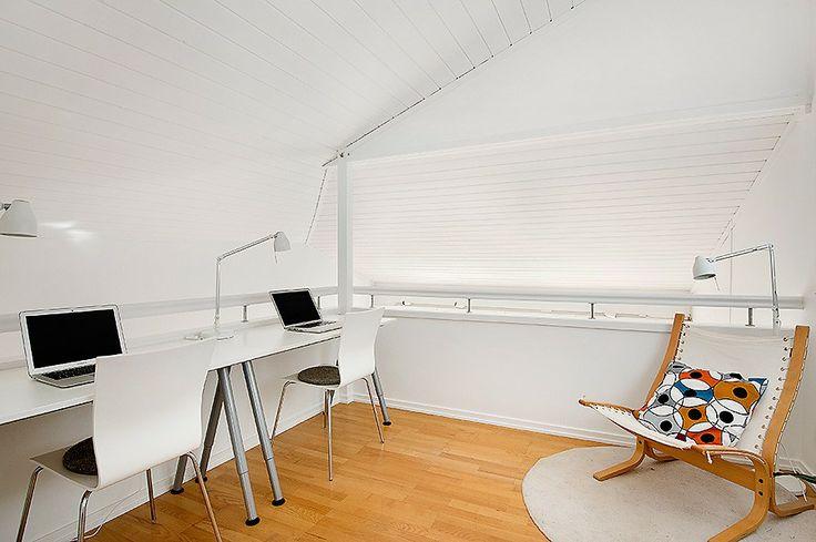 Mezzanine / office space