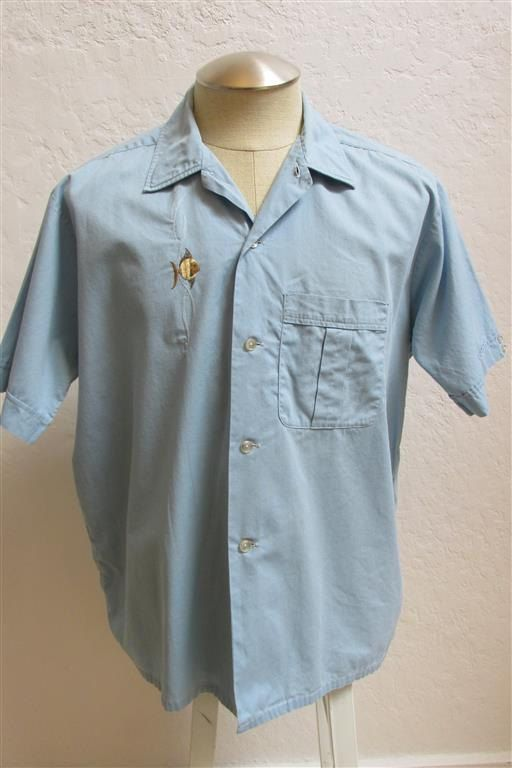 Late 1950's Men's Pale Blue Button Up Shirt by MTvintageclothing