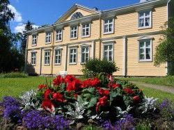 Urajarven kartanomuseo, Vääksy, kukkaloistoa Finland