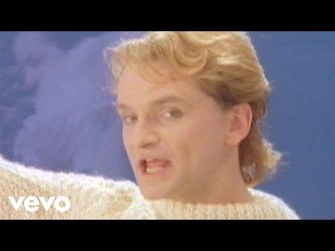 Eurythmics - Sweet Dreams (Are Made Of This) (Official Video) - YouTube