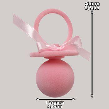 Estojo de Joias para Presente. Peça revestida e forrada por veludo na cor rosa. Peça em formato de uma chupeta.
