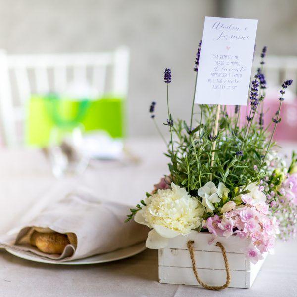Idee di stile : il matrimonio in stile Shabby Chic. Se desideri un matrimonio Shabby Chic, prendi ispirazione dal matrimonio di Marta e Stefano! #flowers #shabbychic #wedding #matrimonio #miseenplace