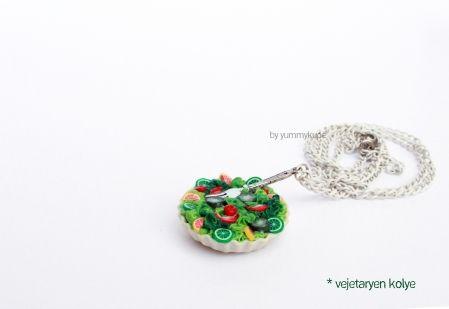 Vejetaryen Kolye   #fashion #design #miniature #food #art #miniaturefoodart #polymerclay #clay #minyatur #polimerkil #kil #nutella #tasarim #taki #sanat #moda #sokak #tutorial #yummykupe #mold #kalip #nasil #bileklik #kolye #kupe #yuzuk #aksesuar #kadin #ring #earring #accesorie #necklace #vegetarian