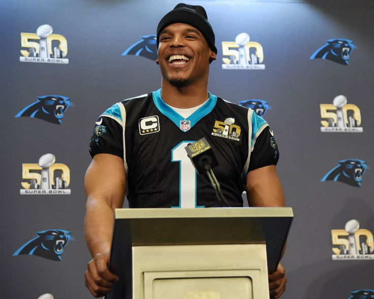 Cam Newton's girlfriend posted a stunning photo of herself before giving birth to her son.