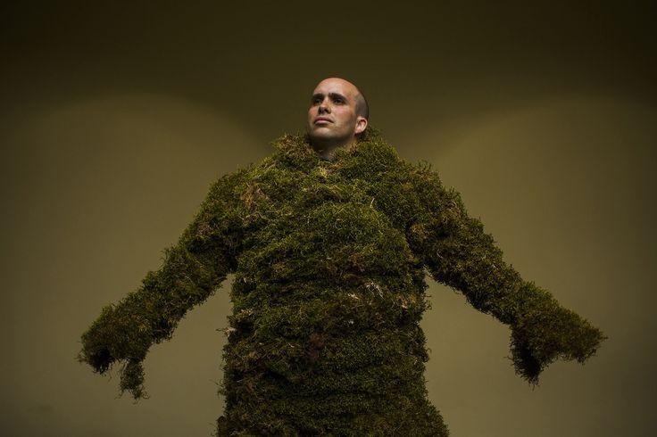 urban dude gardening   foto: andres kudacki