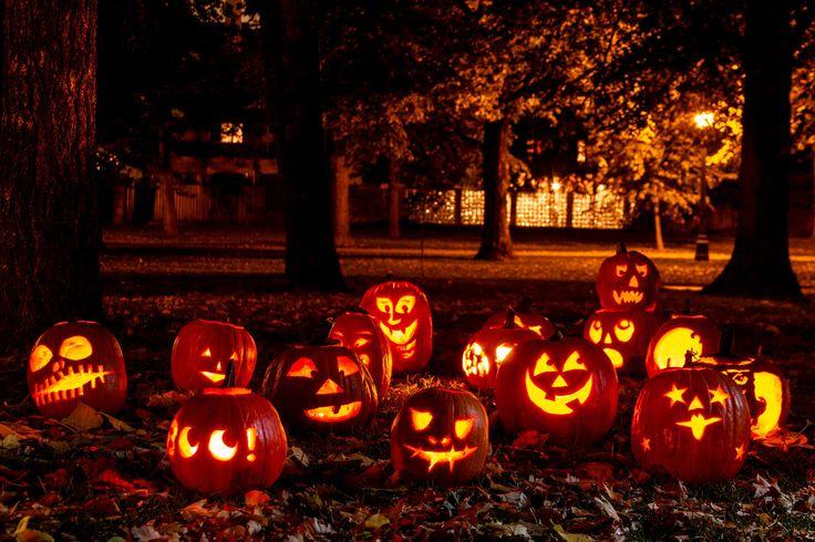 Оформление Хэллоуина. Создание мистической атмосферы. #Хэллоуин #Helloween  #оформлениехэллоуина #страшныйхеллоуин #фонарьджека #Хеллоуин #оформление #декор #дизайн #банкет  #флористика #композиция