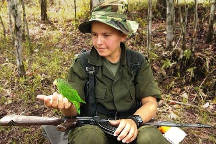 """LOS NIÑOS DE COLOMBIA: REHENES DE LA """"PAZ"""""""