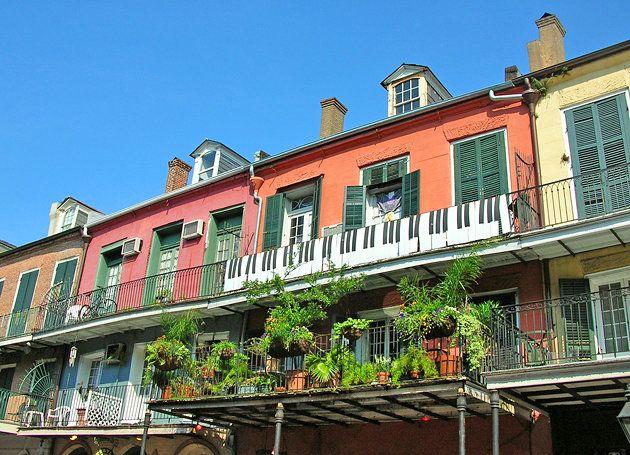 new orleans french quarter   New Orleans' French Quarter View slideshow